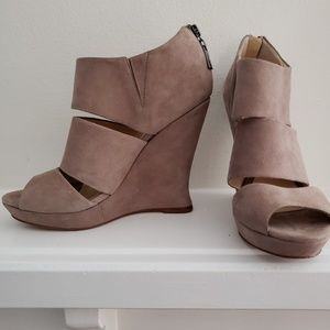 Alexandre Birman Taupe Suede Leather Wedges 8